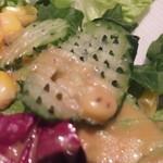 オペレッタ ピザ アンド シーフード - ランチ: サラダ