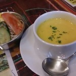 34857072 - ランチのサラダとスープ