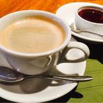 ポポラーレ - ランチセットのコーヒーとパンナコッタ☆