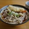 小太郎そばや - 料理写真:天ぷらそば(冷がけ)・・冷がけのつゆの味が薄いんじゃないカナ・・(;´∀`)