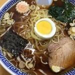 喜陽軒 - ラーメン大盛(麺かた)