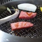 すきやきしゃぶしゃぶ 神戸牛石田 - ロースとカルビ肉質もいいですね!