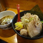 つけ麺 しろぼし - 醤油炊きしろぼし味玉つけ麺