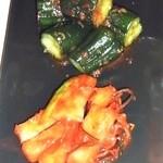 闘牛門 - チョイ盛り2種追加:オイキムチ、カクテキ