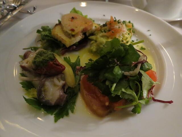 トラットリア グランボッカ - 前菜盛合せ:フォアグラのテリーヌ、アボカドとズワイガニ、マカジキのカルパッチョ、水蛸とセロリのマリネ2