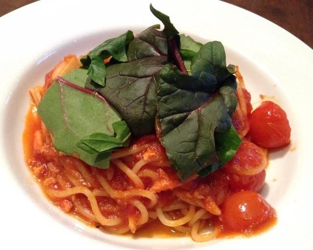 エミリー・フローゲ 本店 - 【New!】青葉とホタテとカニのトマトソース