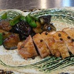 和酒飯くり家 - 地鶏の山椒焼き