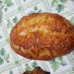 34879632 - チーズパン
