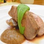 34879701 - ひこま豚のソテー。玉ねぎソース。火入れが絶妙で柔らかで美味しかった!赤ワインと一緒に頂きました。