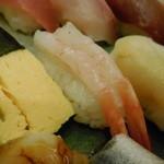 祭雛 - 玉子、甘海老、赤貝
