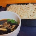 手打蕎麦むら岡 - 料理写真:冬季限定 牡蛎そば