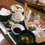 魚や たけ庄 - 越前御造利定食1900円(税別)