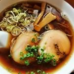 34893127 - 中華そば(700円)・・・オーソドックスな動物スープのシンプルな中華そば(再訪問2015.1)