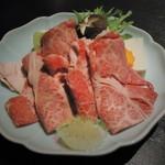 琴平花壇 - 料理写真:讃岐牛のしゃぶしゃぶ鍋