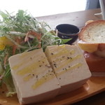 コマヤ - 豆腐サラダのプレート