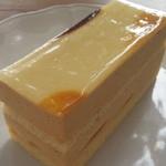 コマヤ - 洋梨のケーキ