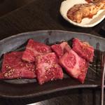 焼肉高麗 - カルビ950円