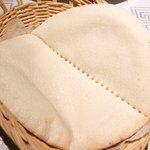 サライ - <'15/02/08撮影>ドネルビーフケバブスペシャルセット 1000円 のピタパン