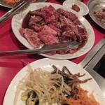 千里 - ナムルとお肉