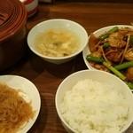 鍋家 - 豚肉とホタテの黒豆炒め  (ランチ)