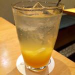 炊き餃子と唐揚げ とき家 - オレンジレモンサワー