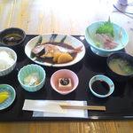 ふみ屋 - \1000(税込) 鯛の煮付け定食