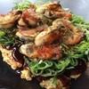 ぴか一 - 料理写真:大粒の牡蠣が10粒乗った「カキのドカ盛り焼」1111円です