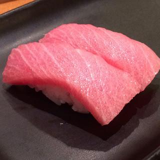 食材に合わせた調理法、シャリにまでこだわるお寿司をどうぞ