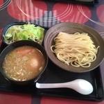 三ツ矢堂製麺 - つけめん810円(並) 野菜110円 味玉110円 はじめて来ました!美味し〜‼︎