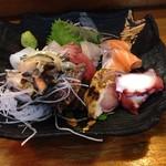 いさみ寿司 - 刺身の盛り合わせ