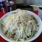 学 - 料理写真:小\850・ヤサイ(極太day価格)