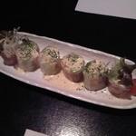 我楽 - 料理写真:『具だくさんな生春巻き トマトマヨソース』¥800 全景♪w