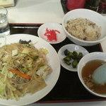 香港飯店 - 料理写真:炒め焼きそば+Bセット