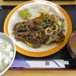 伊江牛 - 焼肉定食