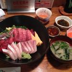 34930883 - 海鮮三色丼