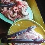 焼肉太郎 - お肉がたっぷり