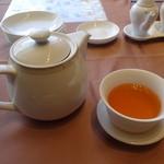 中国料理 梨杏 - ジャスミン茶