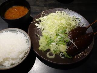 黒豚屋 らむちぃ - 味噌串かつ(ランチ)