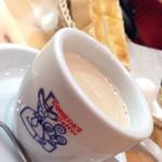 コメダ珈琲店 - ミルクコーヒー(モーニングサービス付)