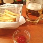 横浜石川町バル - フライドポテト/生ビール