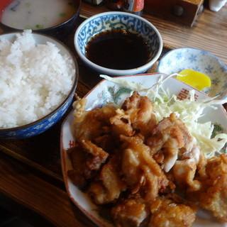 コタン - 料理写真:唐揚げ定食