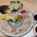 割烹 福源 - てっさ(天然トラフグ) と 本ミル刺身