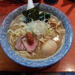 麺処ほん田 - 濃厚豚骨魚介味玉らーめん880円