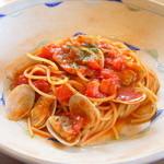 コモレビガーデン - 料理写真:ボンゴレ・ロッソ(アサリのトマトソース)