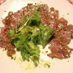 ばりお食堂 - 牛タタキとバルサミコソース《本日のカルパッチョ》