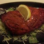 34952986 - タンドリーチキンは間違いなし。大きくないのでひとりでペロリと食べられる。