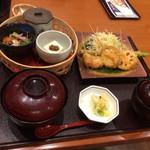 Kagonoya - ランチ             揚げ物五種を選びました。