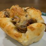 ビアン シュール - 料理写真:やきそばパン