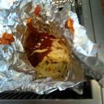 すたみな太郎 - スパゲティのホイル包み焼き… トマトソース&チーズたっぷり掛けてます♪なかなか 熱々にならないので マメに面倒みてね!