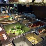 34963126 - ビュッフェのサラダコーナー